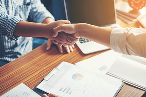 Is It Important to Meet with Management Teams Before Investing?
